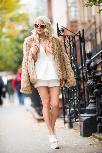 i hate blonde blogger romper cat eye fuzzy coat platform sandals crystal quartz sunglasses shoes jewels necklace choker necklace jewelry beige fluffy coat camel fluffy coat