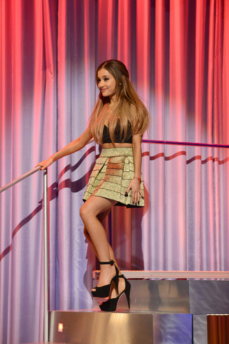 ariana grande skirt shoes top