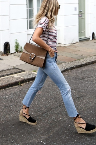 jeans tumblr gucci gucci bag dionysus brown bag shoulder bag chain bag blue jeans light blue jeans cropped jeans cropped bootcut jeans cropped bootcut blue jeans wedges wedge sandals black sandals t-shirt striped t-shirt stripes