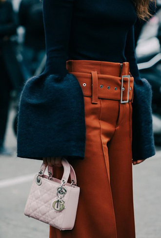 sweater bell sleeve sweater bell sleeves bag mini bag dior dior bag pink bag fall colors 70s style medium-size belt rust bell bottoms