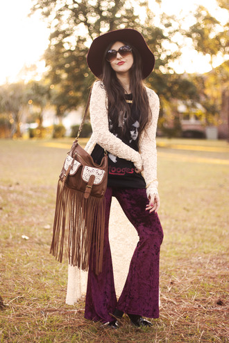 a walk in the park blogger t-shirt hat sunglasses hippie fringed bag wide-leg pants floppy hat lace cardigan