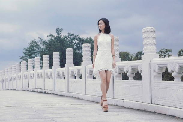 ulimali blogger dress lace dress white dress platform shoes jewels shoes make-up