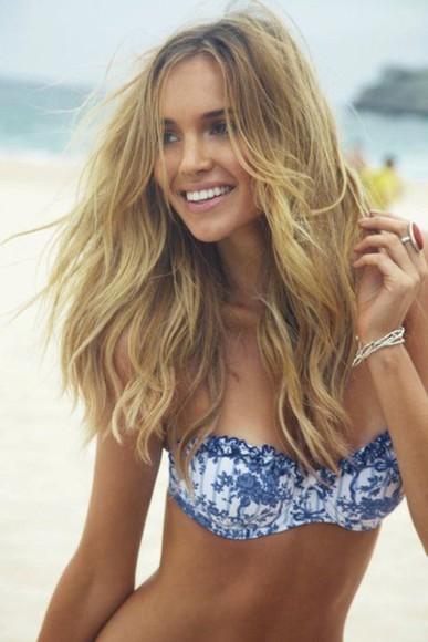 bandeau swimwear bandeau swimsuit bikini oriental oriental print blue and white strapless strapless bikini