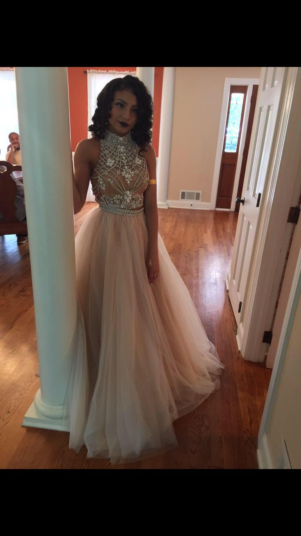 dress long prom dress prom dress prom gown glitter dress two piece dress set girly dress champagne prom dress prom toole jewels see through dress long dress tan two-piece gown red carpet dress sweetheart dress two-piece