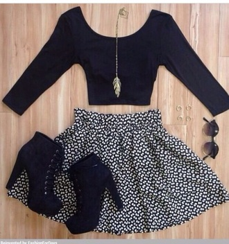 skirt black shoes black top white top hair accessory