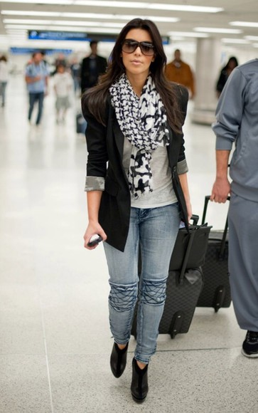 scarf kim kardashian jeans classy jacket sunglasses white and black scarf