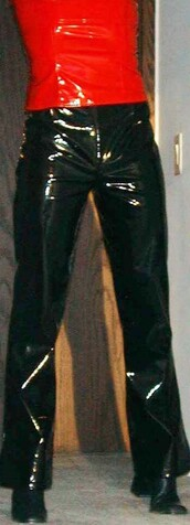 pants,black pants,liquid,red,top