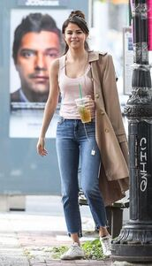 jeans,top,coat,selena gomez,streetstyle,fall outfits