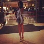 dress,white,blue,stripes,short dress,mini dress,backless dress,backless,striped dress,blue and white dress,blue and white striped