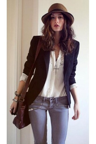jacket adorable fashion fashionista blazer trendy need it now black blazer awesome! matchy versatile folded sleeves wear