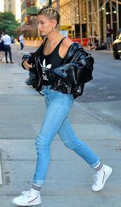 top,jacket,jeans,denim,hailey baldwin,model off-duty,streetstyle,sneakers