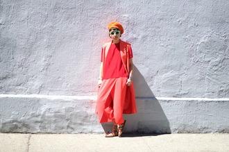 let's get flashy blogger pants shirt shoes sunglasses