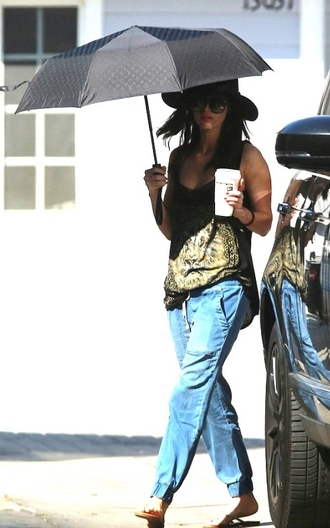 top t-shirt megan fox pants hat