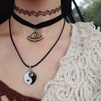 jewels alien ying yang black necklace choker necklace texture
