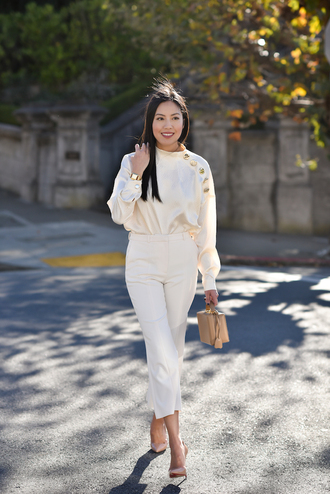 top tumblr blouse white blouse pants white pants all white everything pumps pointed toe pumps high heel pumps bag nude bag cropped pants classy work outfits