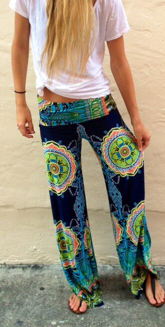 pants printed pants azrec baggy pants black and white lace floral floral dress palazzo leggings palazzo pants colorful palazzos wide leg palazzos hippie hippie palazzo pants