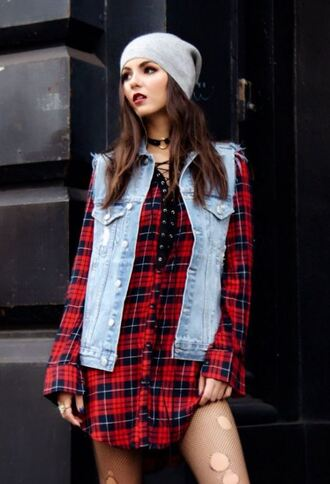 dress vest denim jacket plaid fall outfits choker necklace victoria justice editorial
