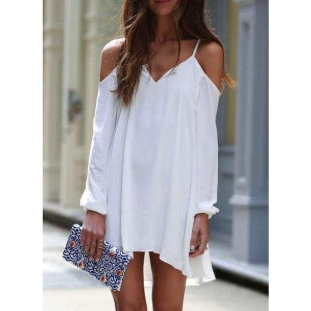 White loose fitting dresses
