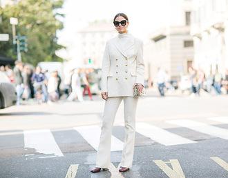 fashion vibe blogger jacket shoes pants sweater bag sunglasses