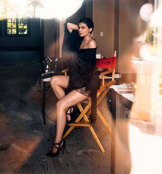 blouse kimono black pumps instagram kylie jenner kardashians