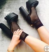 shoes,black,platform shoes,combat boots,high heels