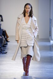 coat,agnona,dress,midi dress,vest,winter outfits,joan smalls,runway,model,milan fashion week 2018,fashion week