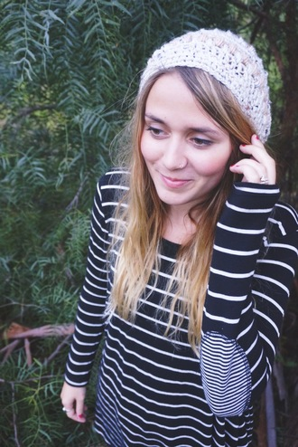 long sleeves top black and white stripes elbow patches