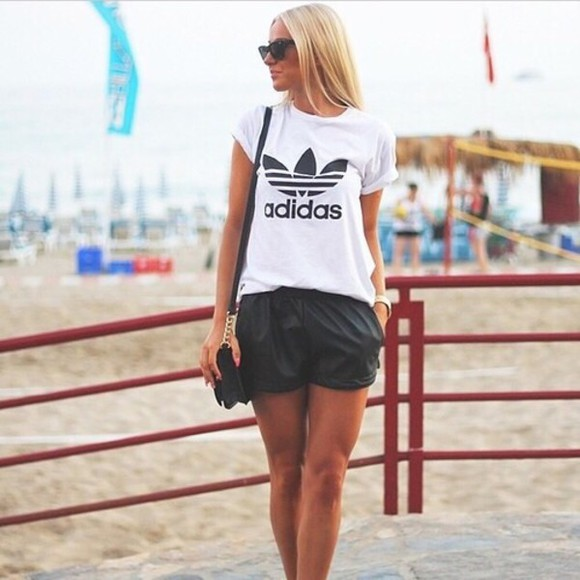 black girly t-shirt girl adidas logo adidas t-shir white t-shirt