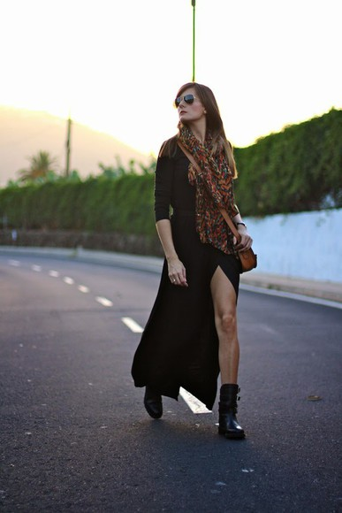 bag scarf blogger marilyn's closet blog slit dress boho combat boots