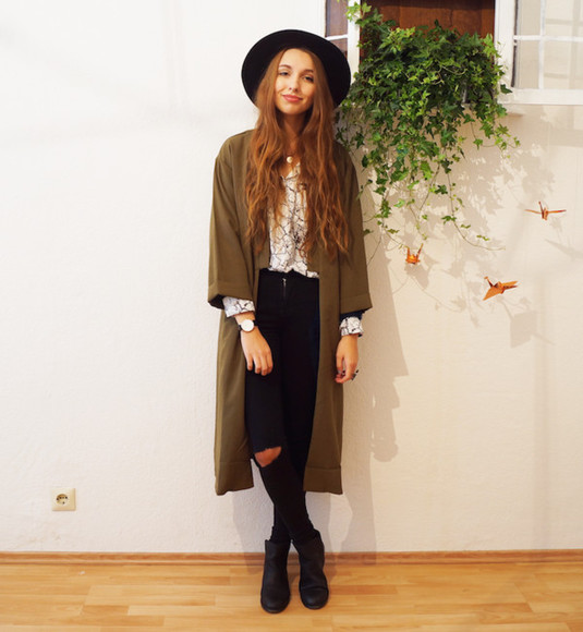khaki blogger jeans jewels cruel thing felt hat ripped cardigan blouse