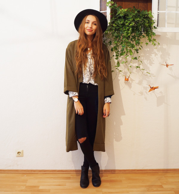 cruel thing blogger jewels jeans felt hat ripped cardigan blouse khaki