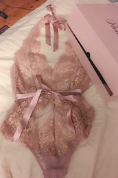 underwear,pink,silk,lingerie,lace lingerie,lace bodysuit,nude,baby pink,romper,nude lace,lingerie set,sexy lingerie,light pink,bodysuit,backless,jumpsuit,lace,pretty,rose,dentelle,cute,sexy,undewear,champagne,bows,sheer lace bodysuit,gold,beautiful,pale pink lace bodysuit,one piece,it's lace soft pink lingerie,pajamas