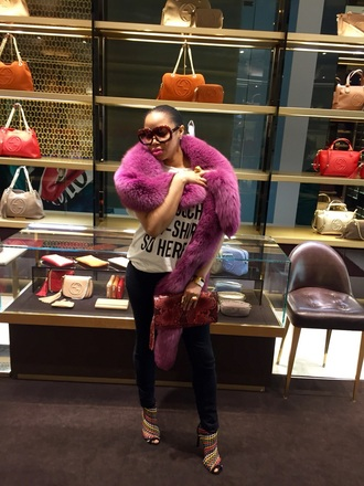 bag gucci clutch fur purple booties boots hermes dior luxury london paris moschino fur coat style style me strappy heels streetwear black and white t-shirt fashion london fashion week 2016 london fashion week 2017