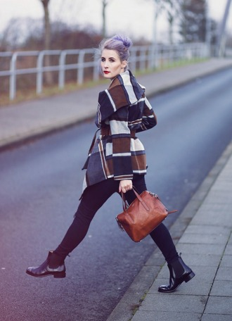 like a riot blogger winter coat chelsea boots black jeans leather bag