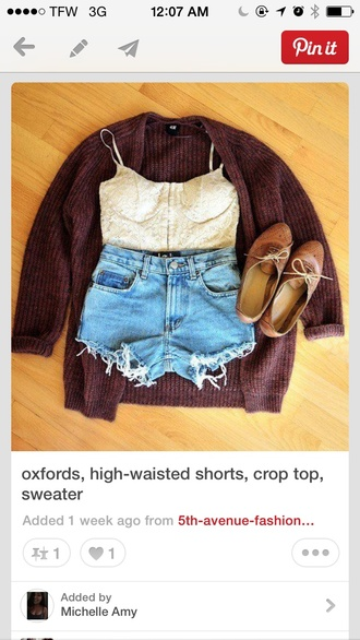 shorts jeans high waisted cut offs boutique pinterest light wash booty shorts t-shirt sweater shoes