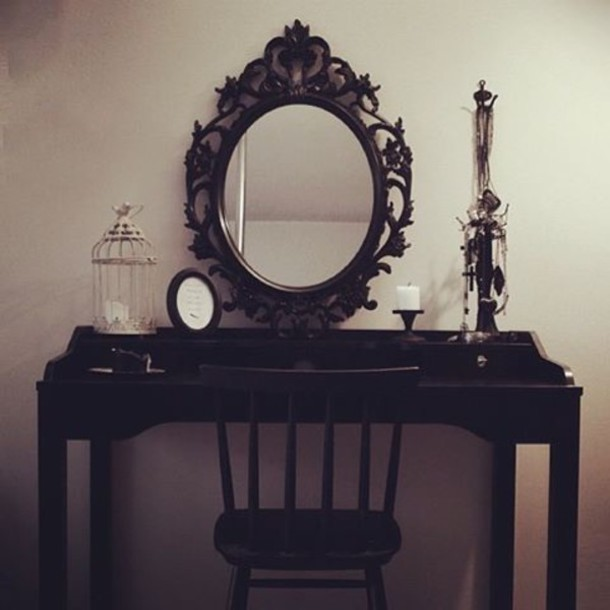 Home accessory goth black vanity mirror home decor for Sillas para vanity