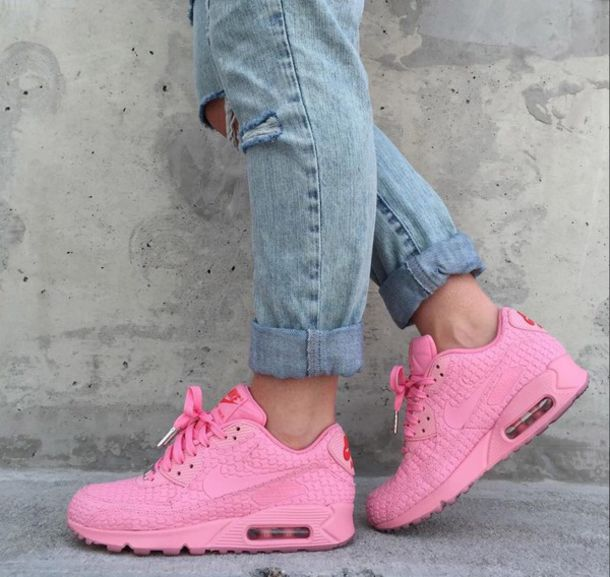 8ef19d2df9f5 pink air max style