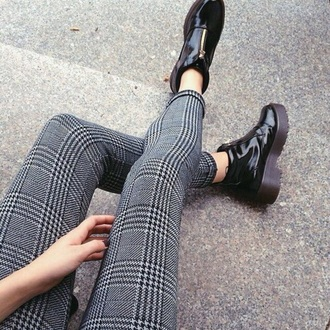 shoes pastel grunge shoes grunge grunge shoes pastel goth pastel grunge black black and white goth shoes leggings