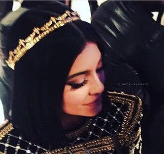 hair accessory crown gold kylie jenner