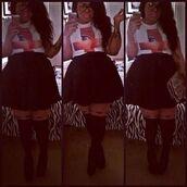 plus size,black skirt,skirt,pleated skirt,black,short skirt,plus size skirts,plus size skirt,pintrest,pinterest,tights,curvy,shirt