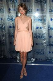 taylor swift,brown dress,pink dress,dress