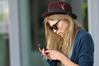 clemence poesy red hat hat