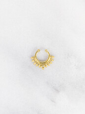 jewels,gold soul,faux gold septum,nose,nose ring,gold nose ring,gold nose rings,tumblr,tumblr outfit,coachella,septum piercing,septum nose rings,faux septum rings,gold septum
