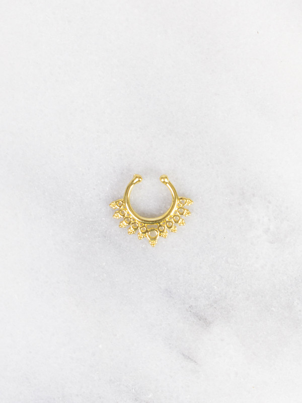 jewels gold soul faux gold septum nose nose ring nose ring gold nose ring gold nose rings tumblr tumblr outfit coachella septum piercing septum nose rings faux septum rings gold septum