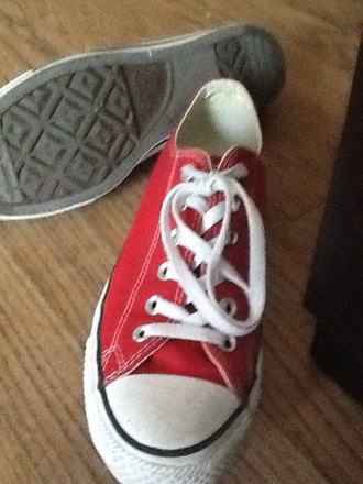 shoes red converse oh my gosh   i love converse!!