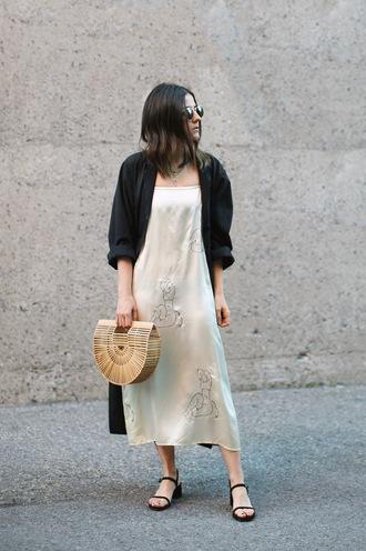 elif filyos blogger dress coat bag shoes black coat tumblr midi dress slip dress basket bag sandals flat sandals