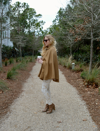 fash boulevard blogger pants cape shoes jewels