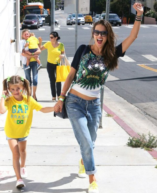 shoes alessandra ambrosio bag brazil world cup world cup 2014 football gap t-shirt