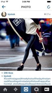 pants,jeggings,black,leather,shiny,stylish,sweater,shoes
