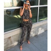 top,colorful,set,two-piece,heels,peach,coral,shades,sunglasses,kayla phillips,model,crop tops,blouse,floralshirt,floral pants,tank top,black pants